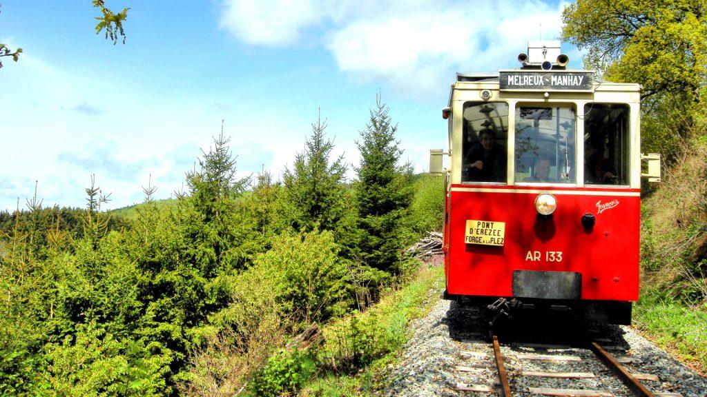 Toeristische tram Aisne Erezee